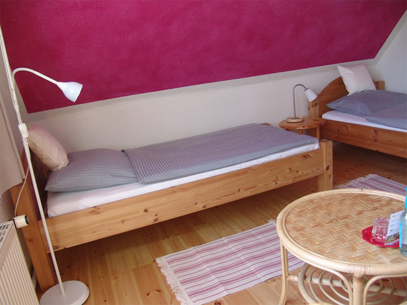 Zimmer 6 Einzelbett Nr.2